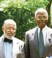 John Hope Franklin, right, and W&L's Ted DeLaney in 1996